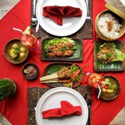 Ubud Raya Hotel Food
